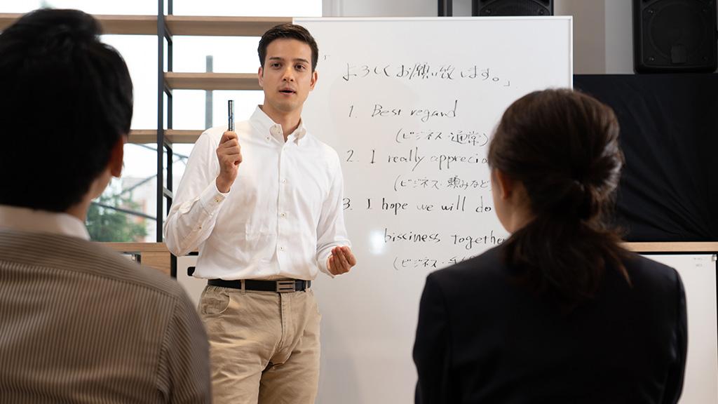 英文法・肯定文を疑問文・否定文へ変化させるルール